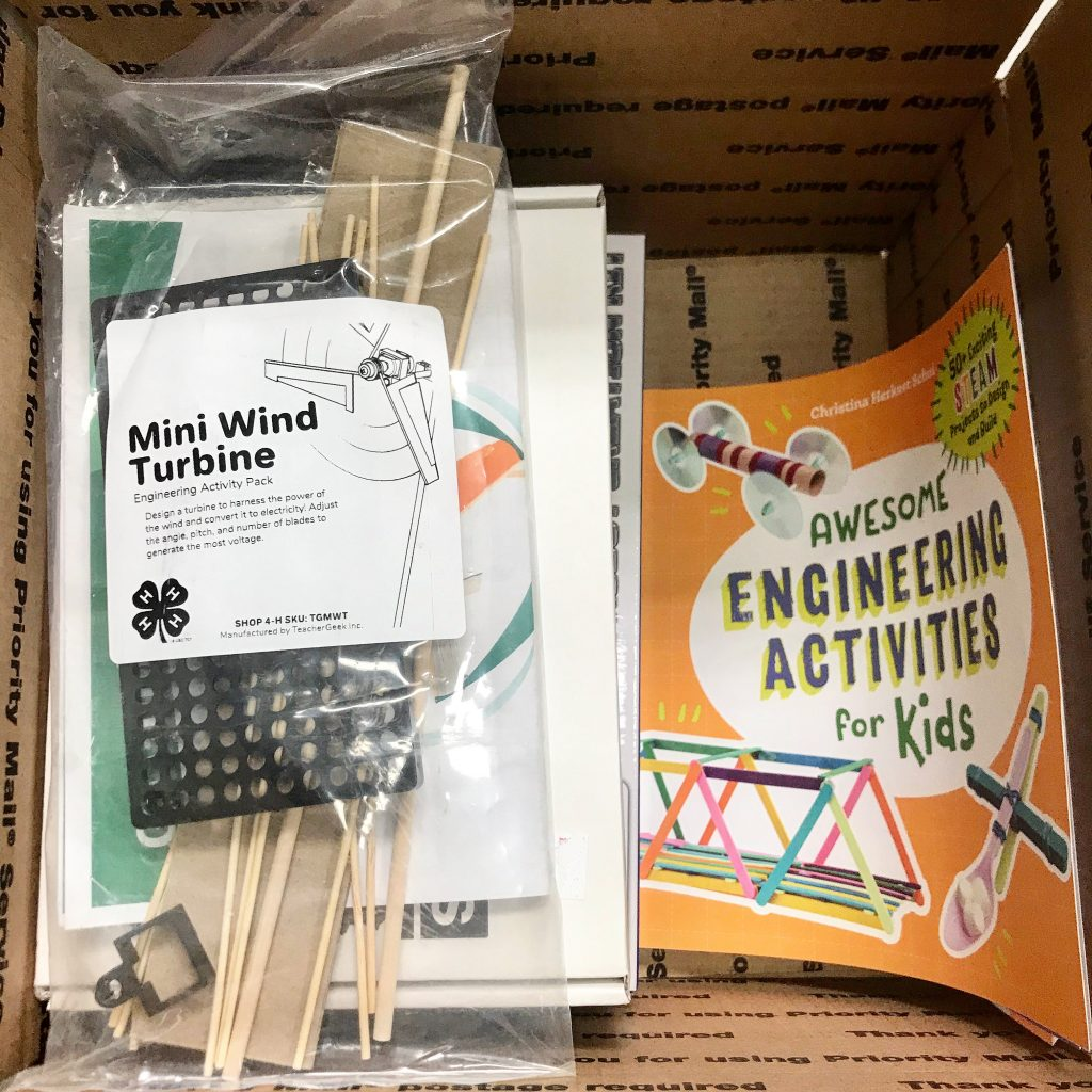 Military 4-H STEM Kits Contents
