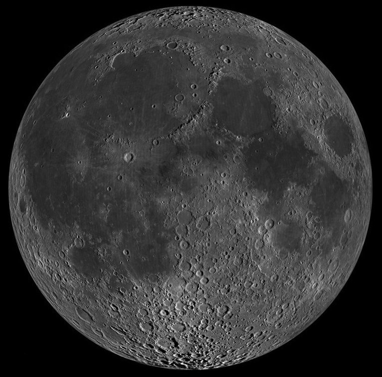 """<p><strong>SF Fig. 6.8.</strong> (<strong>A</strong>) The side of the moon that faces Earth—the """"near side""""</p>"""