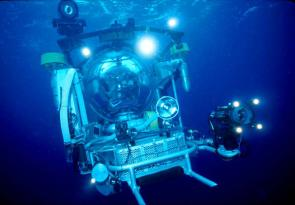 <p><strong>Fig. 9.1.</strong> Deep-sea submersibles, specially designed to deal with the challenging work conditions underwater, are able to explore the ocean depths.</p><br />