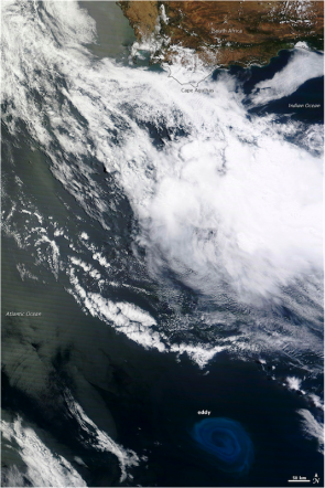 <p><strong>Fig. 5.22.</strong> An eddy about 600 km off the coast of Australia in the southeastern Indian Ocean, which was made visible by a plankton bloom on December 30, 2013 that showed sea surface currents.</p><br />