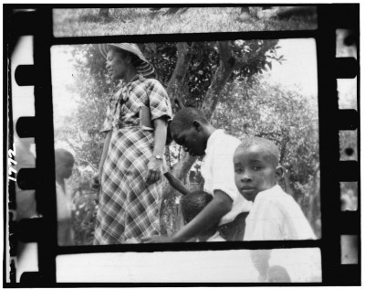 2)Rath-LOC-1024px-African American children outdoors, Eatonville, Florida