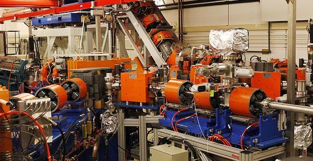 Free-electron laser FELIX