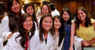 Some of the women in the University of Hawaiʻi at Mānoa's John A. Burns School of Medicine class of 2019.