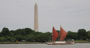 Hōkūleʻa visits Washington D.C.