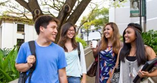 manoa-students
