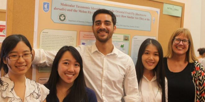 Stellar Mānoa undergraduate research and creative projects showcase