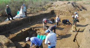 Researchers digging at Tell Timai