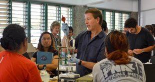 Chris Sabine teaching an ocean acidification class