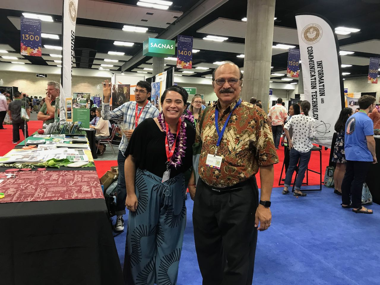 Awapuhi Lee and Dr. Nerurkar at SACNAS 2019