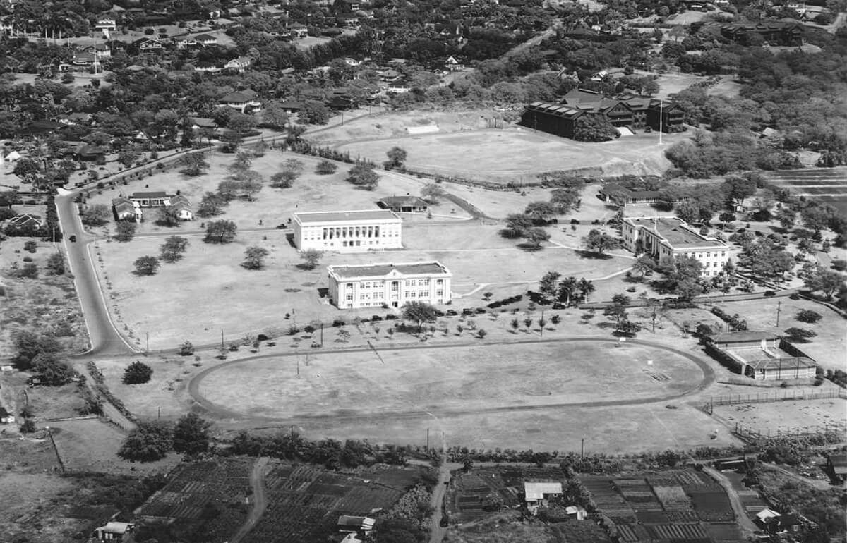The University, as seen from the air in 1926