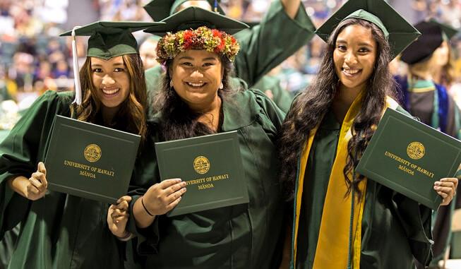 UH Mānoa graduates