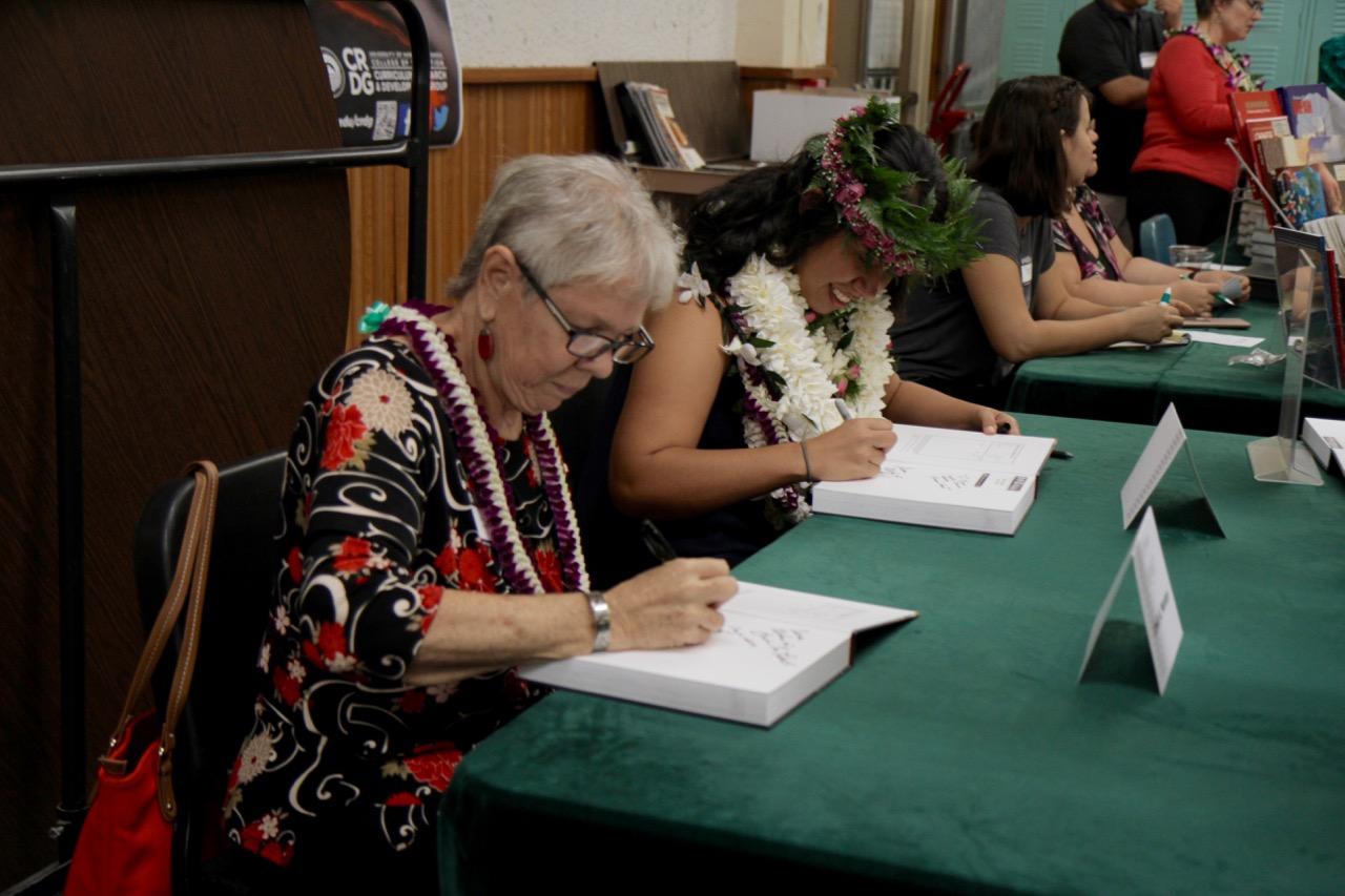 linda and leah book signing