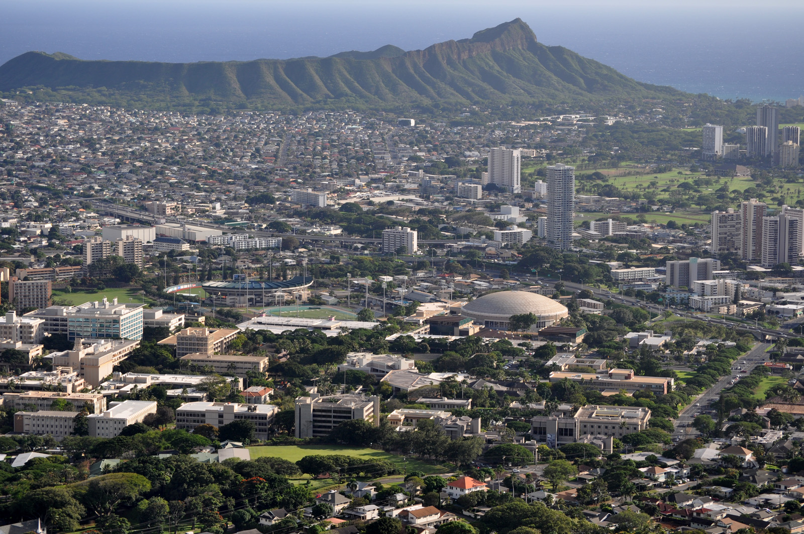 View of the Mānoa campus from Mt Tantalus.   (source: http://commons.wikimedia.org/wiki/File:University_of_Hawaii_Air_view.jpg)