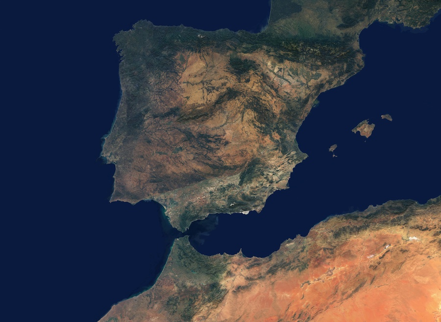 <p><strong>SF Fig. 6.15.</strong> Satellite image of the Strait of Gibraltar and western Mediterranean Sea</p>