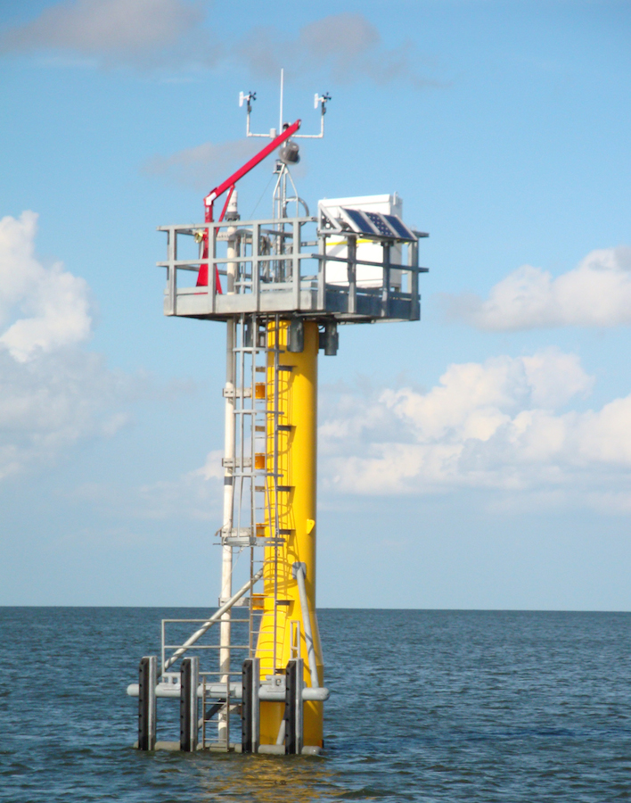 <p><strong>SF Fig. 6.16.</strong> A modern Sentinel tidal monitoring station operated by the US National Oceanic and Atmospheric Administration (NOAA) in the Gulf of Mexico</p>