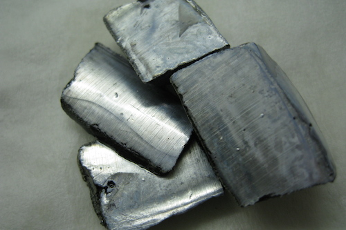<p><strong>Fig. 2.14.</strong>&nbsp;(<strong>C</strong>) Potassium (K) is a metallic element.</p>