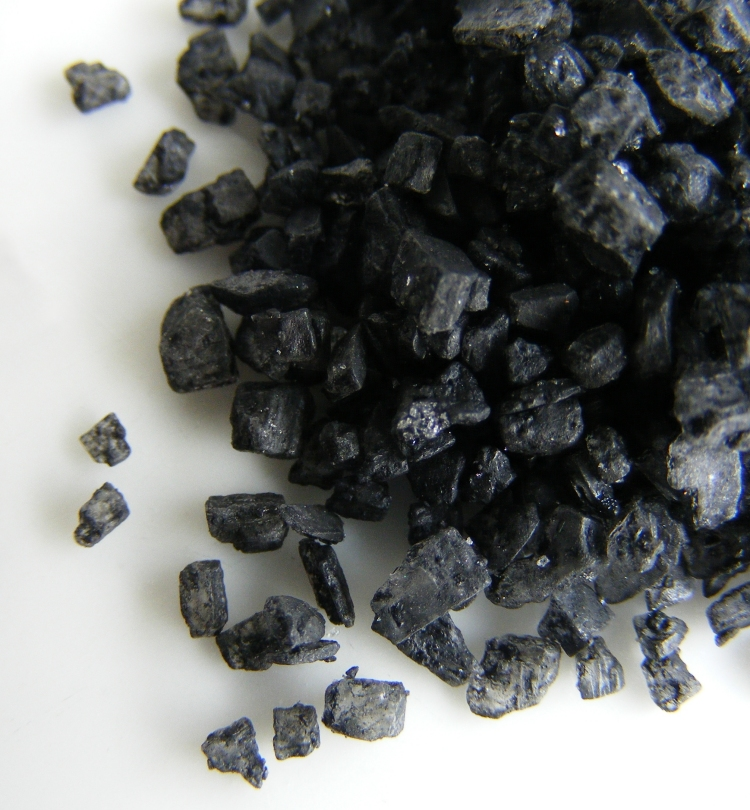 <p><strong>SF Fig. 2.8.</strong>(<strong>C</strong>) Black lava salt</p>
