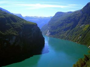 <p><strong>Fig. 2.22.</strong> Geirangerfjord, a fjord in Norway</p><br />
