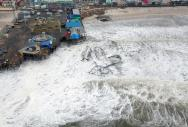 <p>Fig. 4.15. (<strong>C</strong>) Heavy damage to Casino Pier in Seaside Heights, New Jersey, from storm waves generated by Hurricane Sandy in October 2012</p><br />