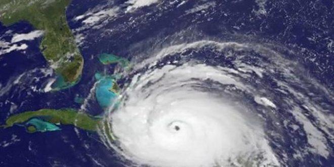 Hurricane Irma approaching Cuba and Florida