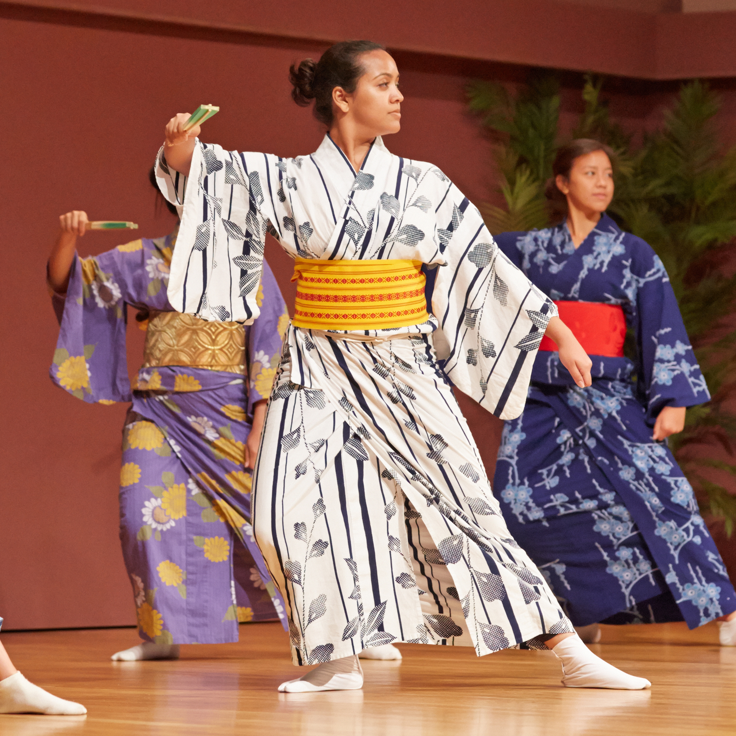 Dancers at the May 2014 Pau Hana