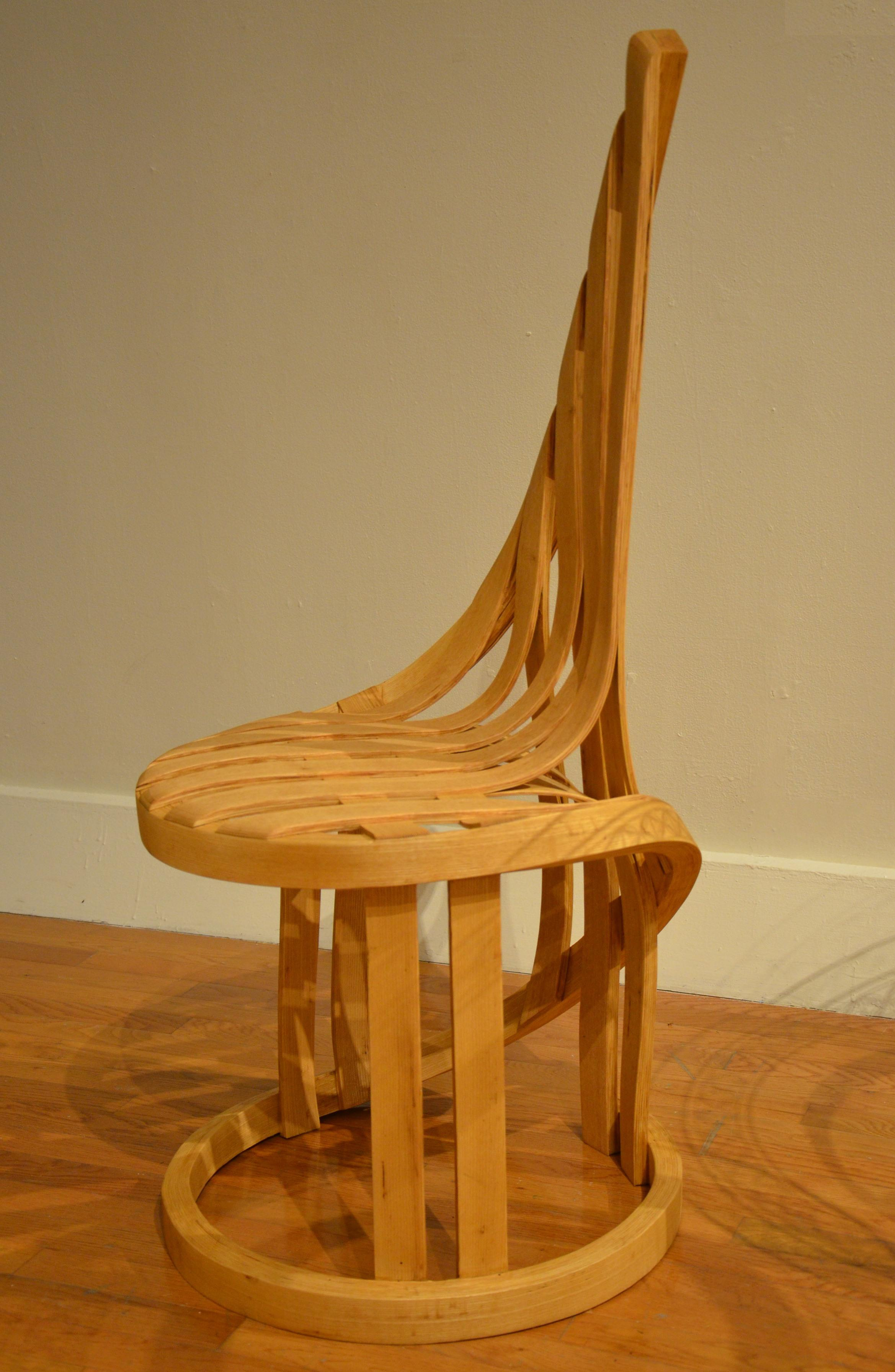 Mānoa Chair by Architecture doctoral candidate wins woodshow