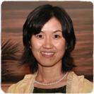 Jing Guo receiving award