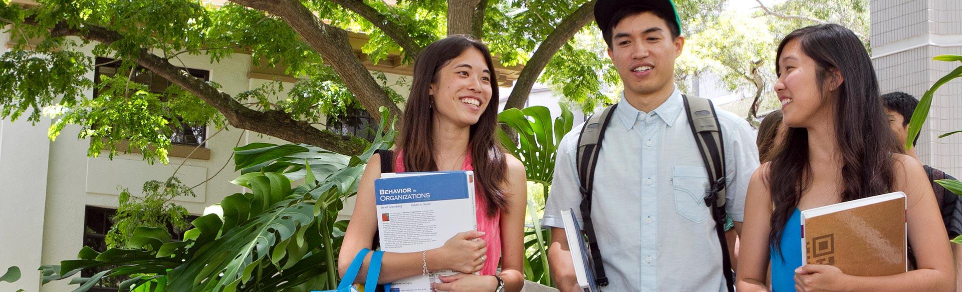 Students at UH Manoa